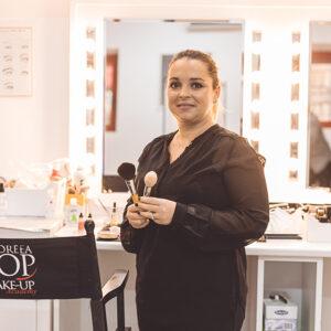 Pop Make Up Academy: la fondatrice Andreea Pop