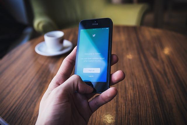 come-usare-social-network-per-aziende-twitter