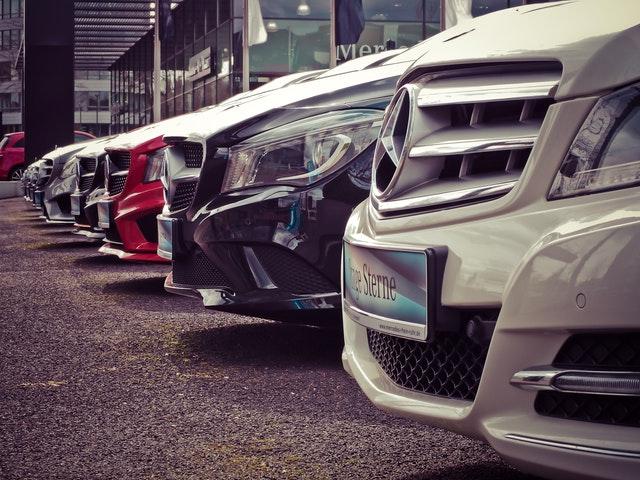 Come vendere auto online: immagini efficaci
