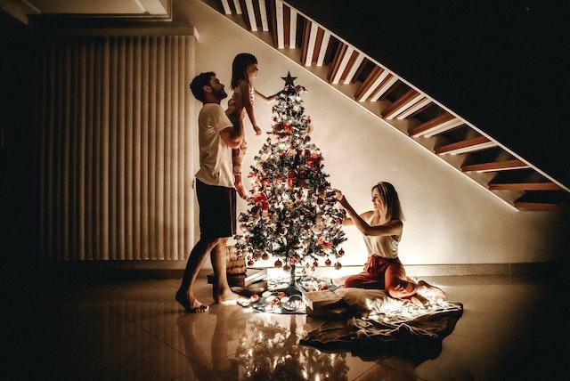 Come creare una guida ai regali di Natale: pensa ai clienti