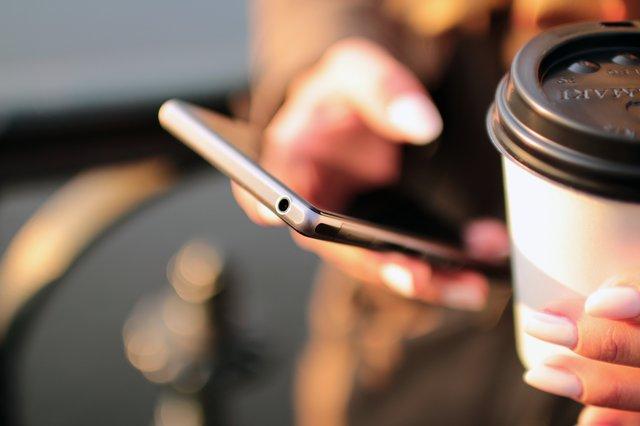 Vantaggi sito web: creare contatto con i clienti
