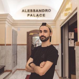 Hostels Alessandro reception manager
