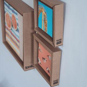 Tonki: cornici in cartone